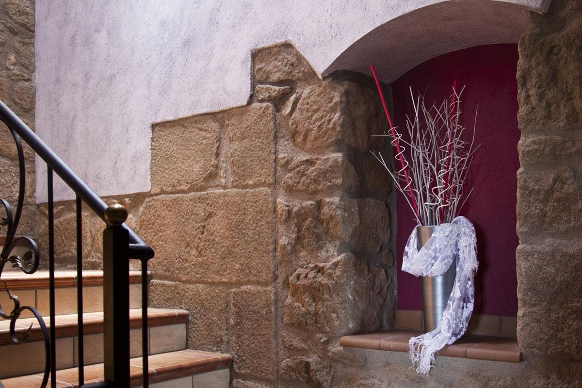 Detall escala de la casa