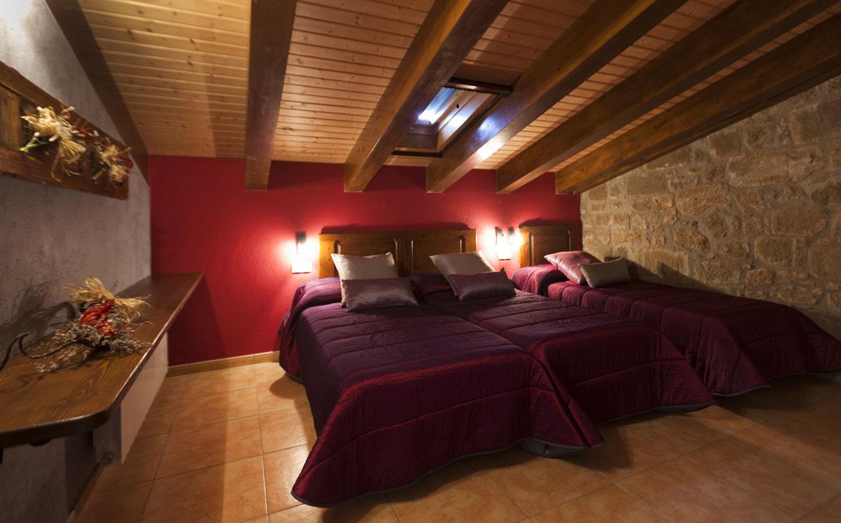 Habitació tres llits individuals
